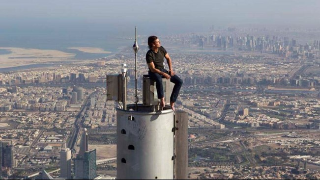 Том Круз на вершине  Burj Khalifa